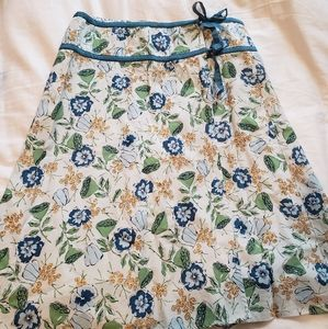 Great condition Anthropologie wrap skirt.